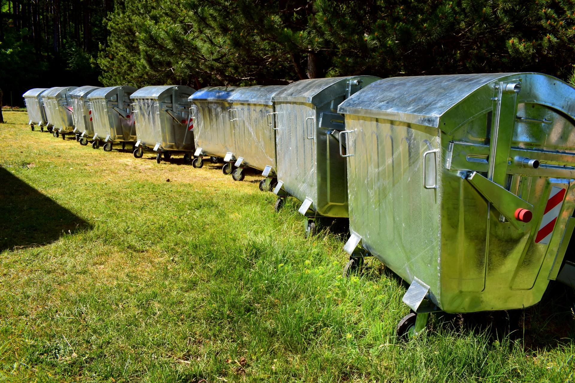 Ќе се прават платформи за контејнери, се уредува просторот околу локациите за фрлање отпад