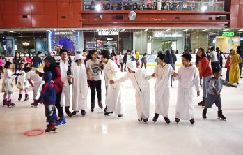 Main Ice Skating di Mall Bintaro Xchange