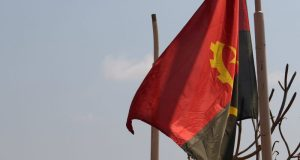 Le drapeau de l'Angola, photo de Vanessa Lollipop_Flickr. 07.20.2018