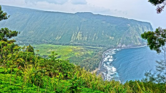 Waipio Valley / KonaNature.com / 1-844-566-2628