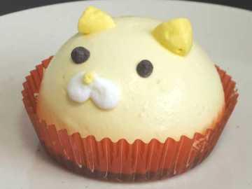 コンビニスイーツだ_ねこちゃんマンゴーのムースケーキ【セブンイレブン】中身01