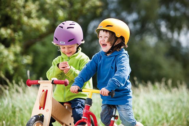 Jak kupić  idealny rowerek biegowy Image