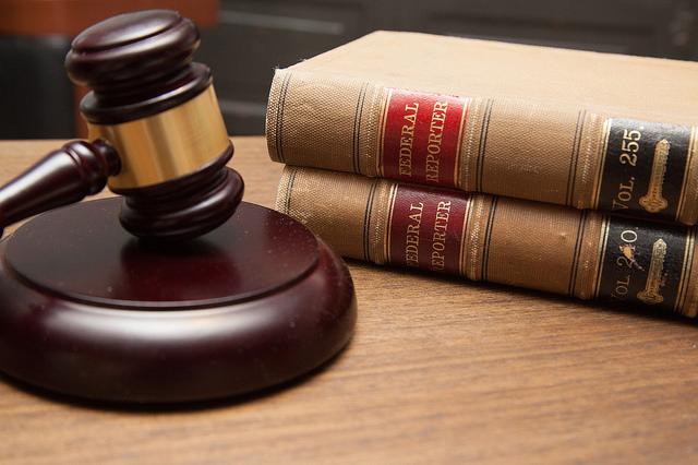 Sprawdź, czy możesz korzystać zdarmowej porady prawnej Image
