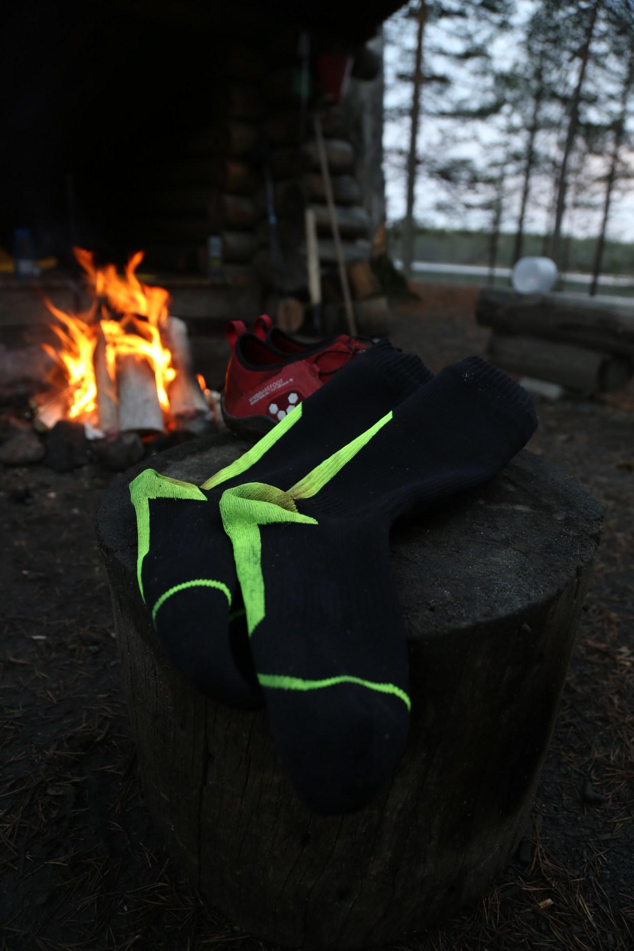 Cold feet much? – Vedenpitävät sukat sateisella vaelluksella