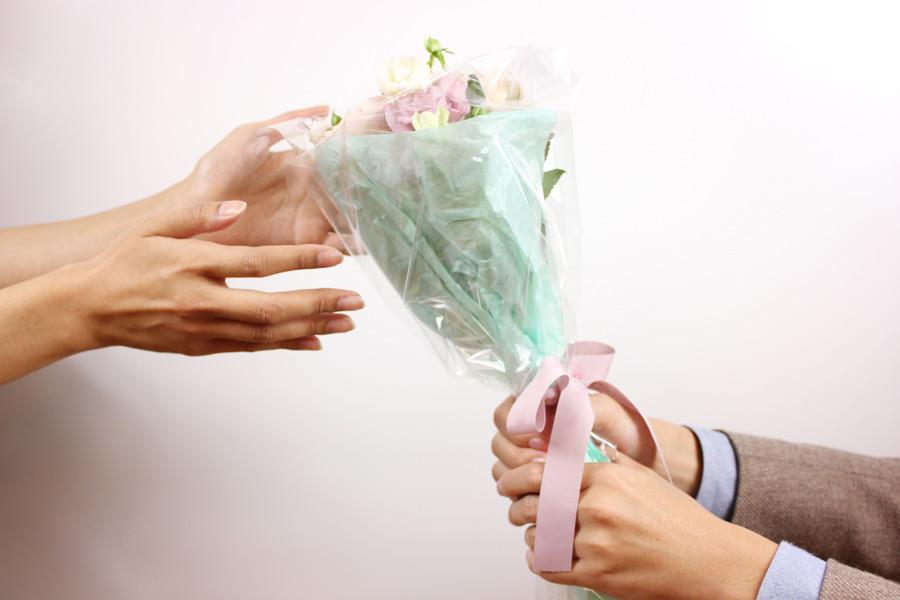 婚活 女性からアプローチ 結婚