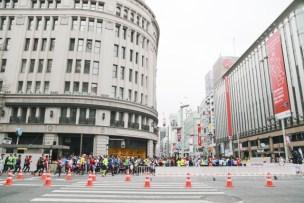 東京マラソンの恰好は?どんな服、更衣室の混み具合は?
