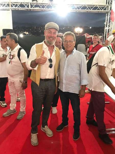 Юрій Хазіпов разом із президентом асоціації піцайоло та організатором фестивалю Серджіо Мікку