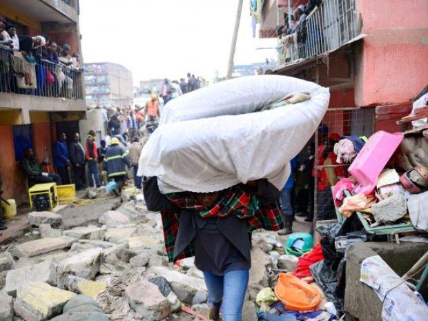 2016-04-30t140409z_2_lynxnpec3t05i_rtroptp_4_kenya-building-collapse