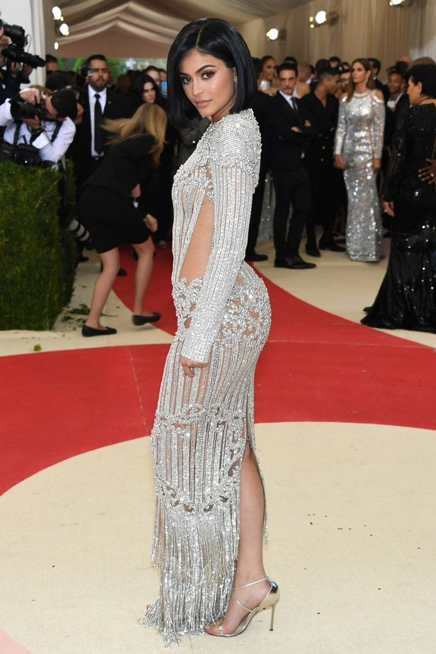 kylie-jenner-at-the-metropolitan-museum-of-arts-costume-institute-benefit1