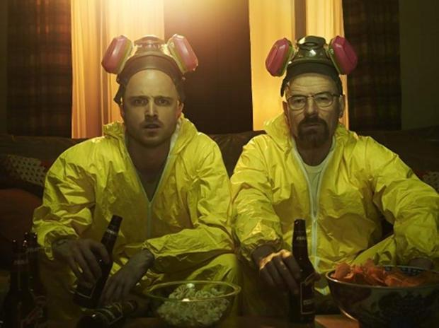 """""""Breaking Bad"""" characters Jesse Pinkman and Walter White use acid to hide a dead body1.jpg"""