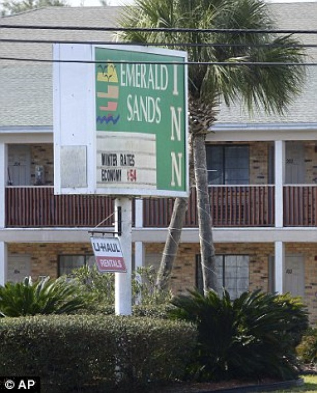 alicia-greer-was-discovered-dead-with-jeannette-moore-at-the-emerald-sands-inn-in-milton-florida-on-january-31