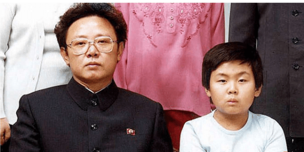 Late North Korean leader Kim Jong-il with son Kim Jong-nam in 1981.png