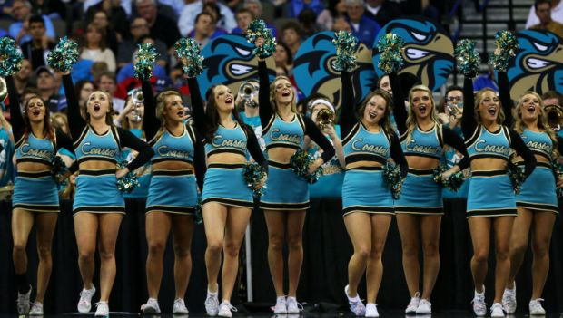 Cheerleaders suspended after letter says they're prostitutes10.jpg