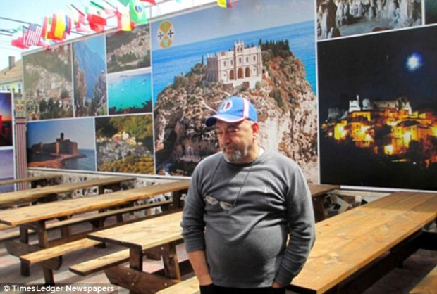 Gregorio Gigliotti in front of his Queens pizza restaurant1