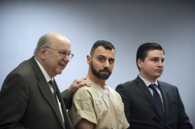 Richard Dabate (c.) appears with attorneys Hubie Santos (l.) and Trent LaLima (r.)1.jpg