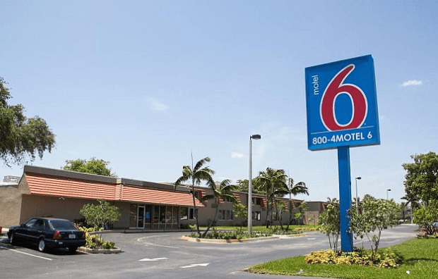 The Motel 6 where rapeand robbery occurred.png