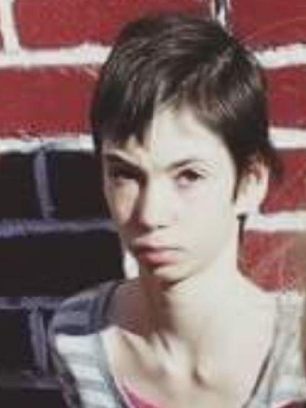 Sabrina Ray 1.jpg