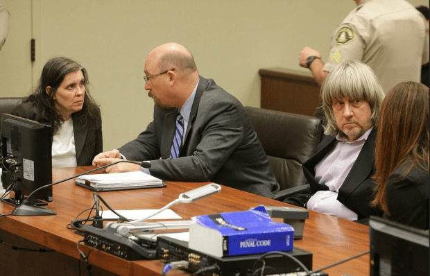 Louise and David Turpin in court 2.png