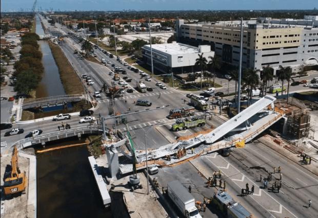 Bridge collapse at FIU 10.png