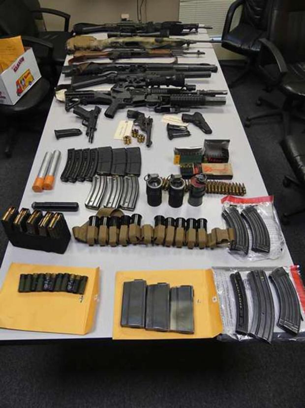 Weapons Francho Bradley and Adrianne Jennings stored in their hotel room.jpg