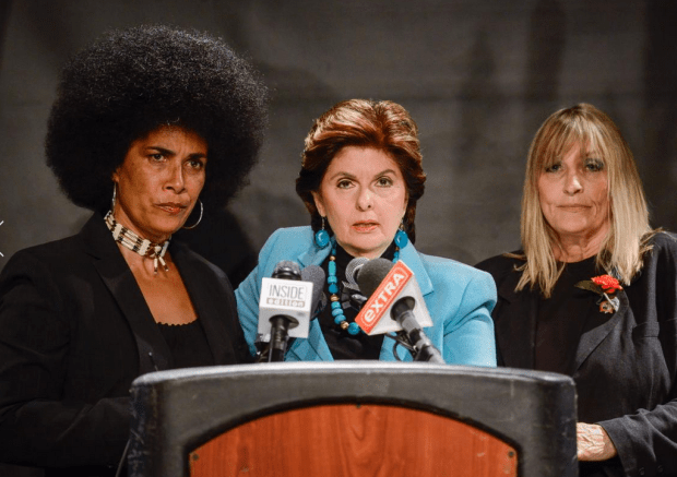 Attorney Gloria Allred [centre], with actress Lili Bernard [left], and writer Sammie Mays [right] .png