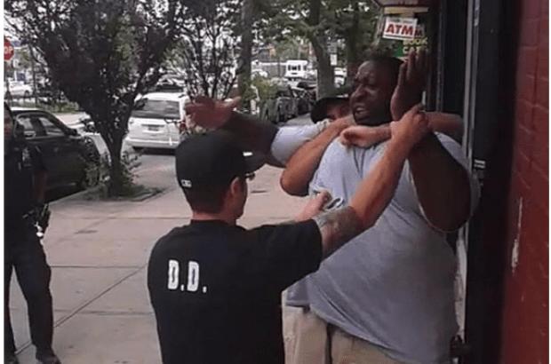 Eric Garner chokehold death 2.png