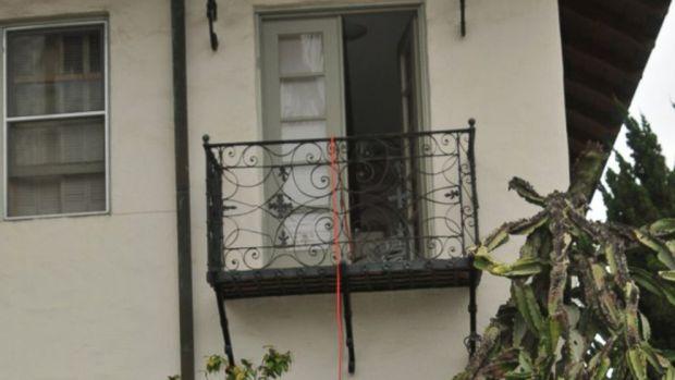The balcony where Rebecca Zahau was found hanging .jpg