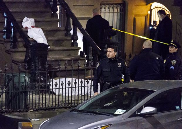 Anthony Vasquez shot James Halsey on this stoop in NY.jpg
