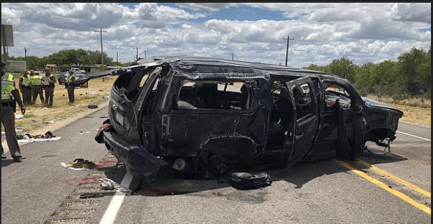 SUV carrying more than a dozen people crashed in Souh Texas 1.png