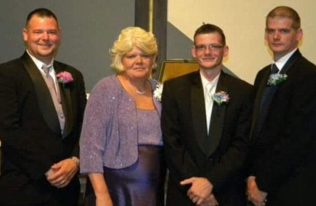 Leslie Dennison (second from left) died saving her 12-year-old granddaughter Alicia..JPG