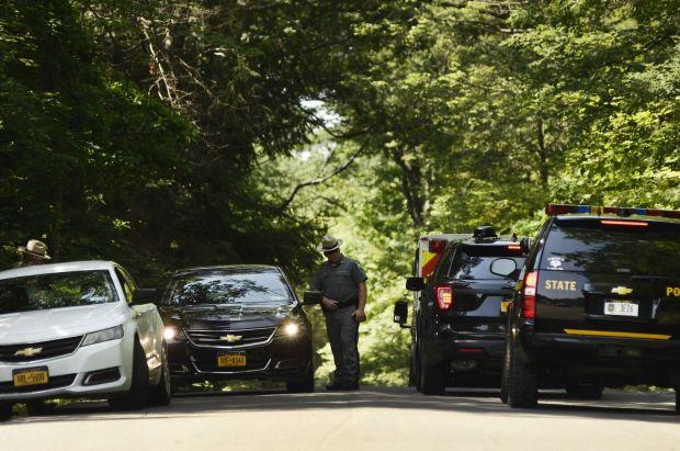 Pollice block road after Steven Kiley shot NY state trooper 1.jpg