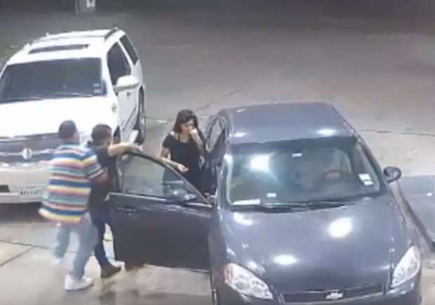 1024x10244 women offer man at club a free ride only to set him up for a violent gas station 10
