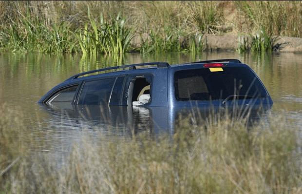Akon Guode's submerged SUV 1.png