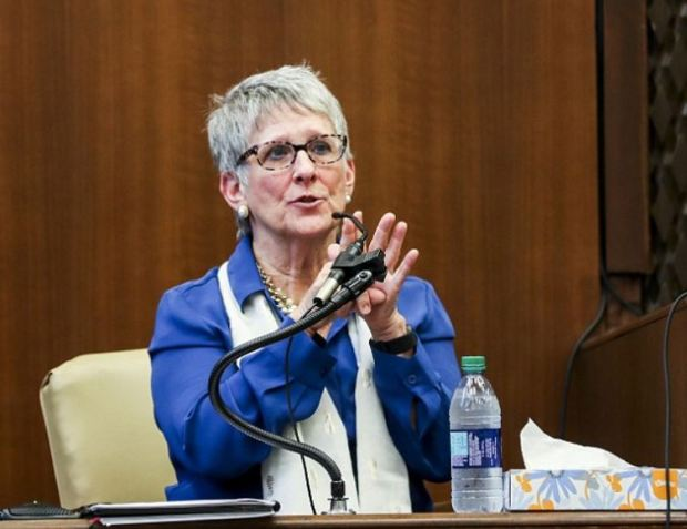 Dr. Carolyn Higdon 1.JPG