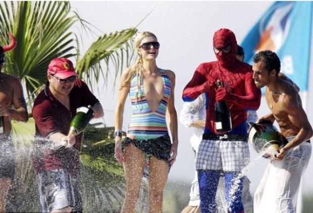 Jho Low and Paris Hilton 5.JPG