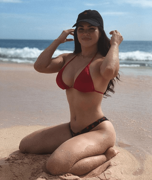 Rachael Ostovich 7.png