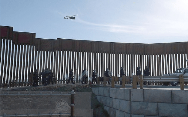 US-Mexico border fence 1
