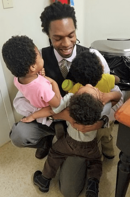 Marcus Henry and his children 1