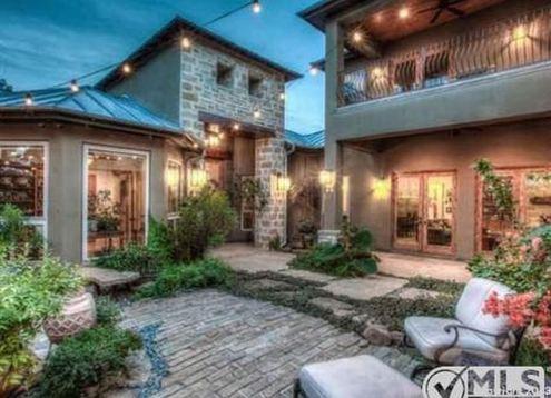 Nichol Leila Olsen's home in Dallas. Texas