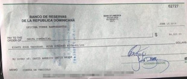 Bank check made out by David Americo Ortiz Arias 1