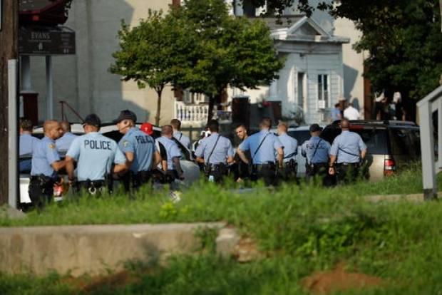 Heavy police presence at scene where six police officers killed in philadelphia shooting 3