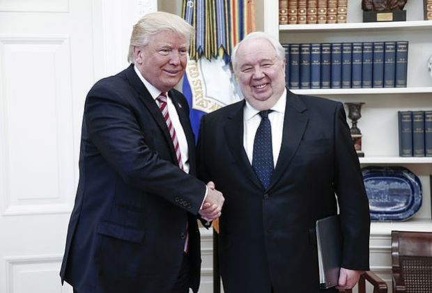 Donald Trump and Sergei Kislyak 1