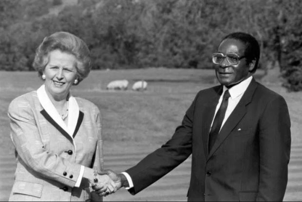 Robert Mugabe and Margaret Tatcher 1