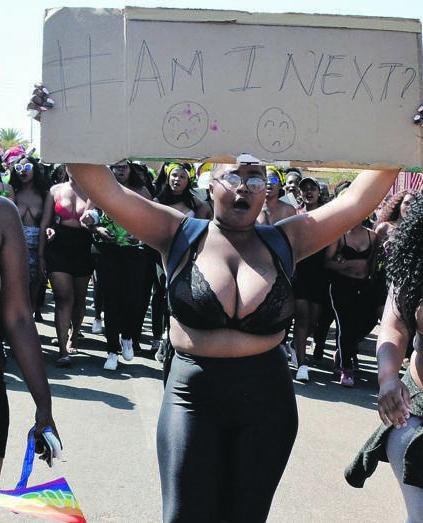 The female studentsat Tshwane University of Technology's Soshanguve campus, marching to the police station 1