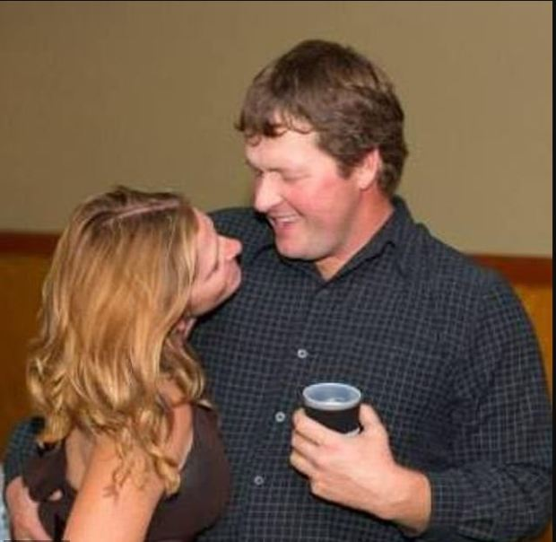 Todd Mullis and his wife Amy Mullis 2