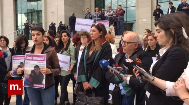 Activists protest the murder of Emine Badegül Bulut.JPG