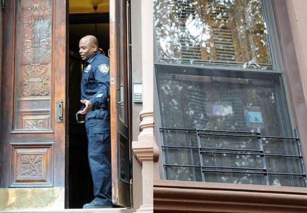 Police activity at the Tedla family murder scene 1.JPG