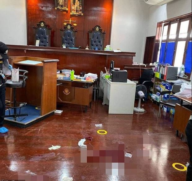 Scene of carnage in Thai courtroom after shooting on Nov 12, 2019.JPG