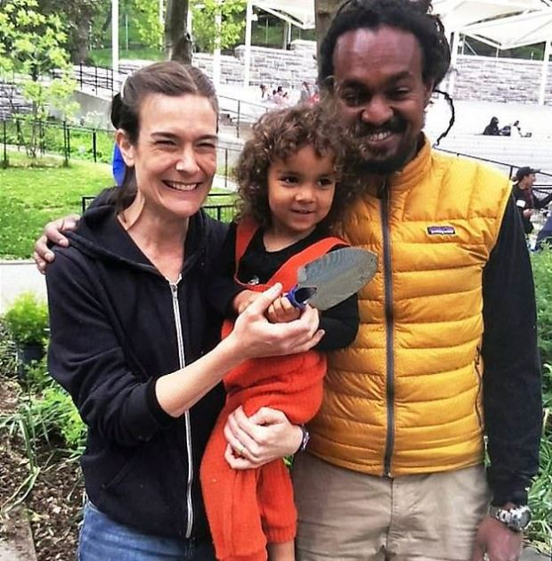 Yonathan Tedla [right] f his wife,Jennifer Schlecht [left], and their daughter,Abaynesh Tedla 1