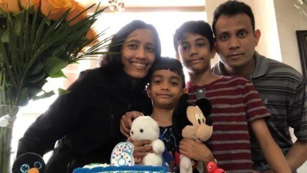 Sarmistha Sen and her husband and children 3
